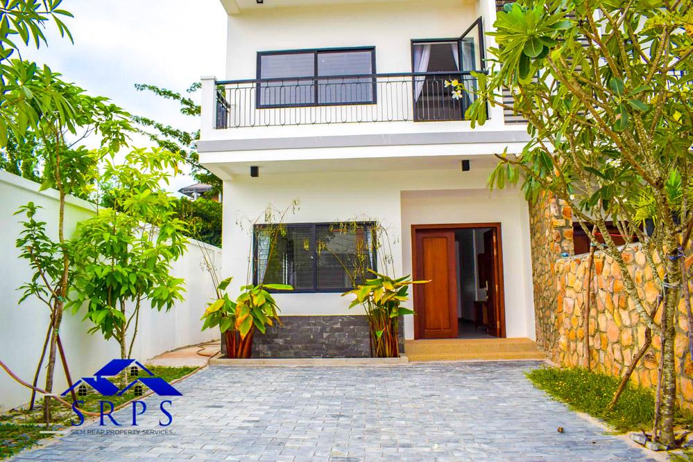 Stunning 4 bedroom house for rent-Bakheng Road area