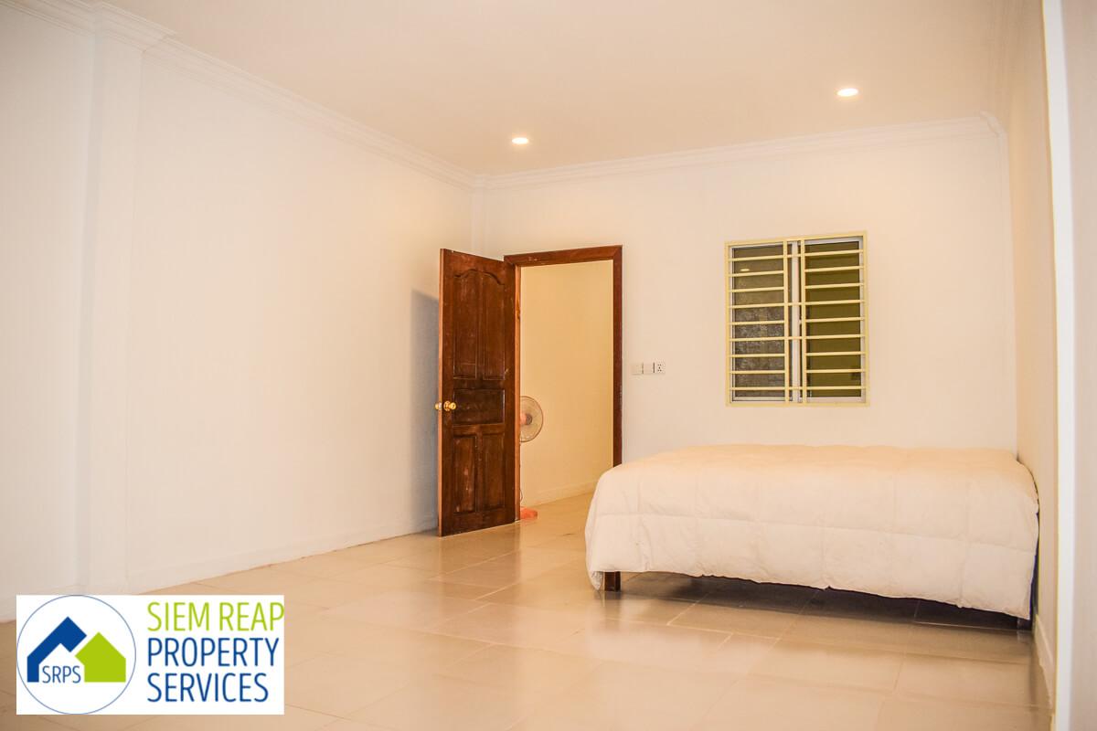 Well-priced 1 bedroom studio for rent (1st floor only)-Svay Dangkum