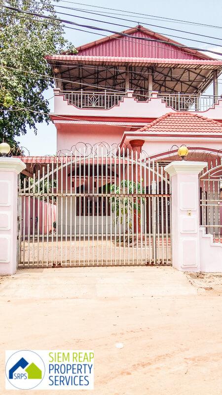 Traditional 4 bedroom house for rent-Slorkram